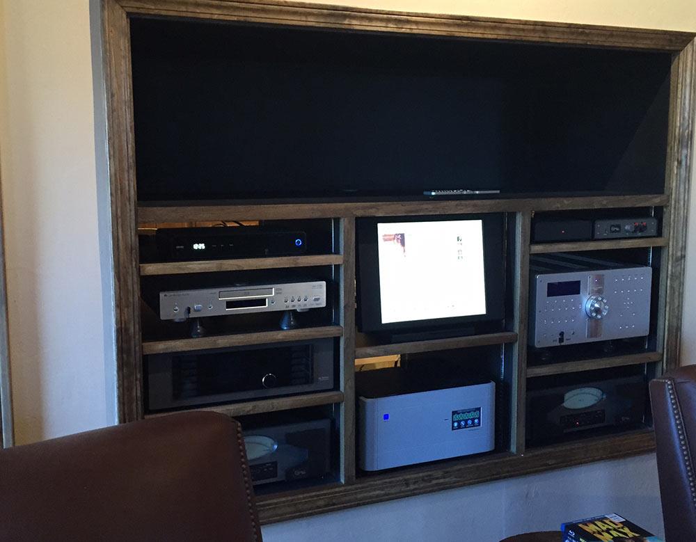 Deser tHome - Console Cabinet