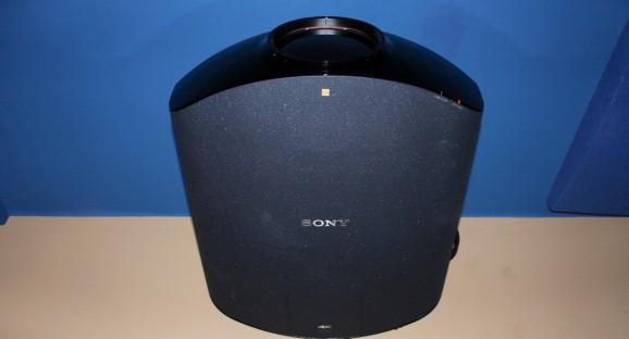Sony VPL-VW1000ESk Projector